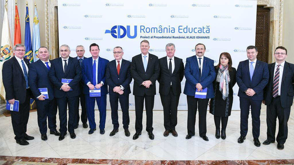 romania educata 1.jpeg