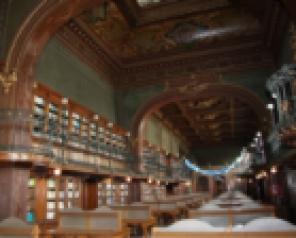 """Biblioteca Universităţii Tehnice """"Gheorghe Asachi"""" din Iași, cea mai frumoasă din lume"""