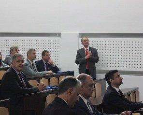Academicianul Bogdan C. Simionescu a vorbit despre planul de dezvoltare a României în deschiderea Conferinței Școlii Doctorale - TUIASI 2018
