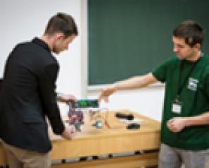 Studenții de la Inginerie Electrică reprezintă Europa de Est la Shanghai