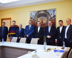 Conducerea Universității Tehnice a prezentat Iașul ca posibilă destinație pentru extinderea companiei Arçelik, care deține marca Arctic