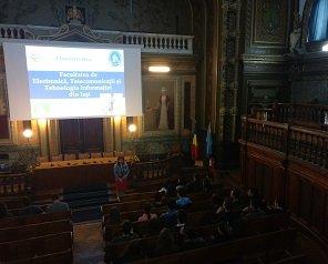 Elevii colegiilor importante din Iași au vizitat Facultatea de Electronică