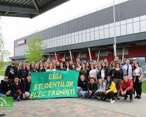Vizită de documentare a studenților de la Facultatea de Electronică, Telecomunicații și Tehnologia Informației la compania Plexus din Oradea